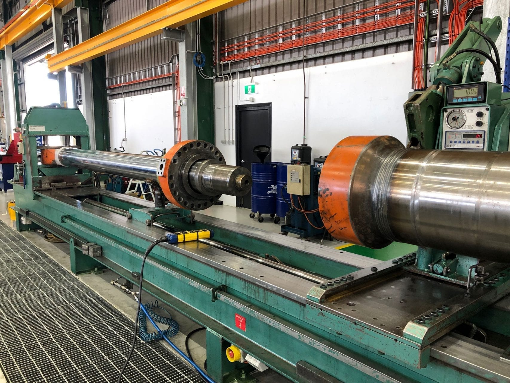 10m Lathe for hydraulic cylinder repair Newcastle