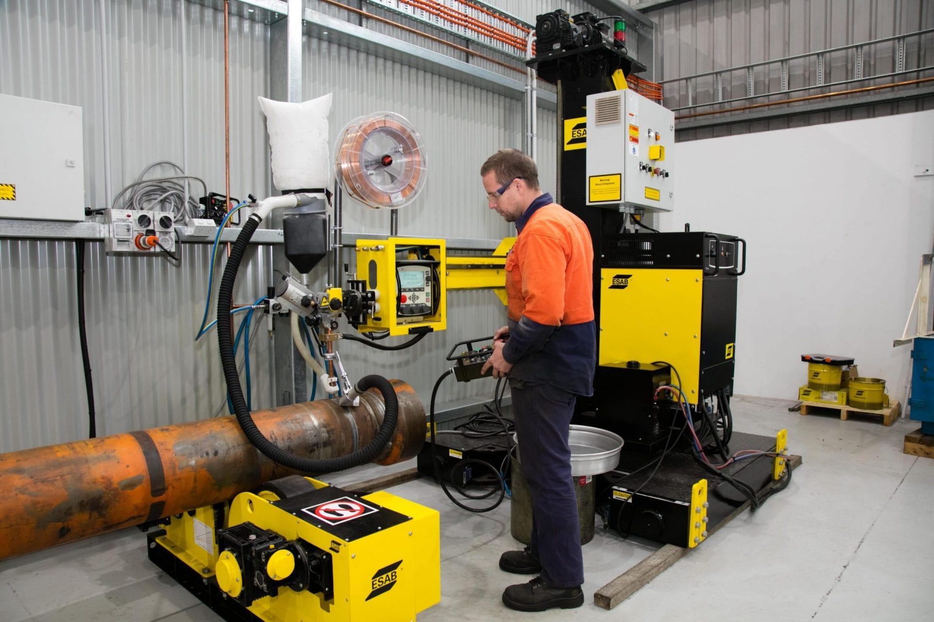 K&R Hydraulics Fabrication Machine